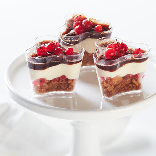 Saffranscheesecake med vinbär och glöggelé