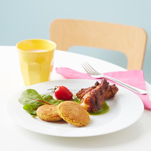 Hirsbiffar med cajun- och ostcrèmesrökta tuppvingar
