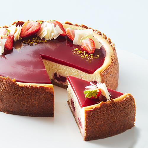 Cheesecake med jordgubbsmarmorering