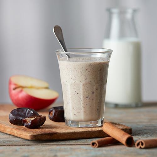 Kryddig mjölkdrink med äpple