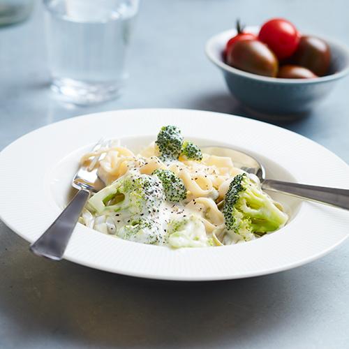 Ost- och broccolisås